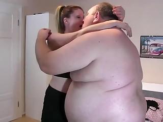 Утрений секс на вечеринке онлайн