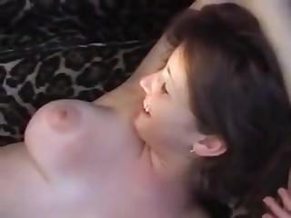 smotret-porno-filmi-onlayn-zhena-druga-porno-chernokozhaya-s-uprugimi-siskami